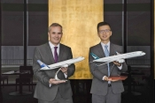 Richard Ledger (L) vice President Markeing Air Astana & Ronald Lam (R) Cathay Pacific