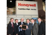 Honeywell presents Flying Colours with dealers plaque